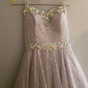Prom dress worn once very nice condition